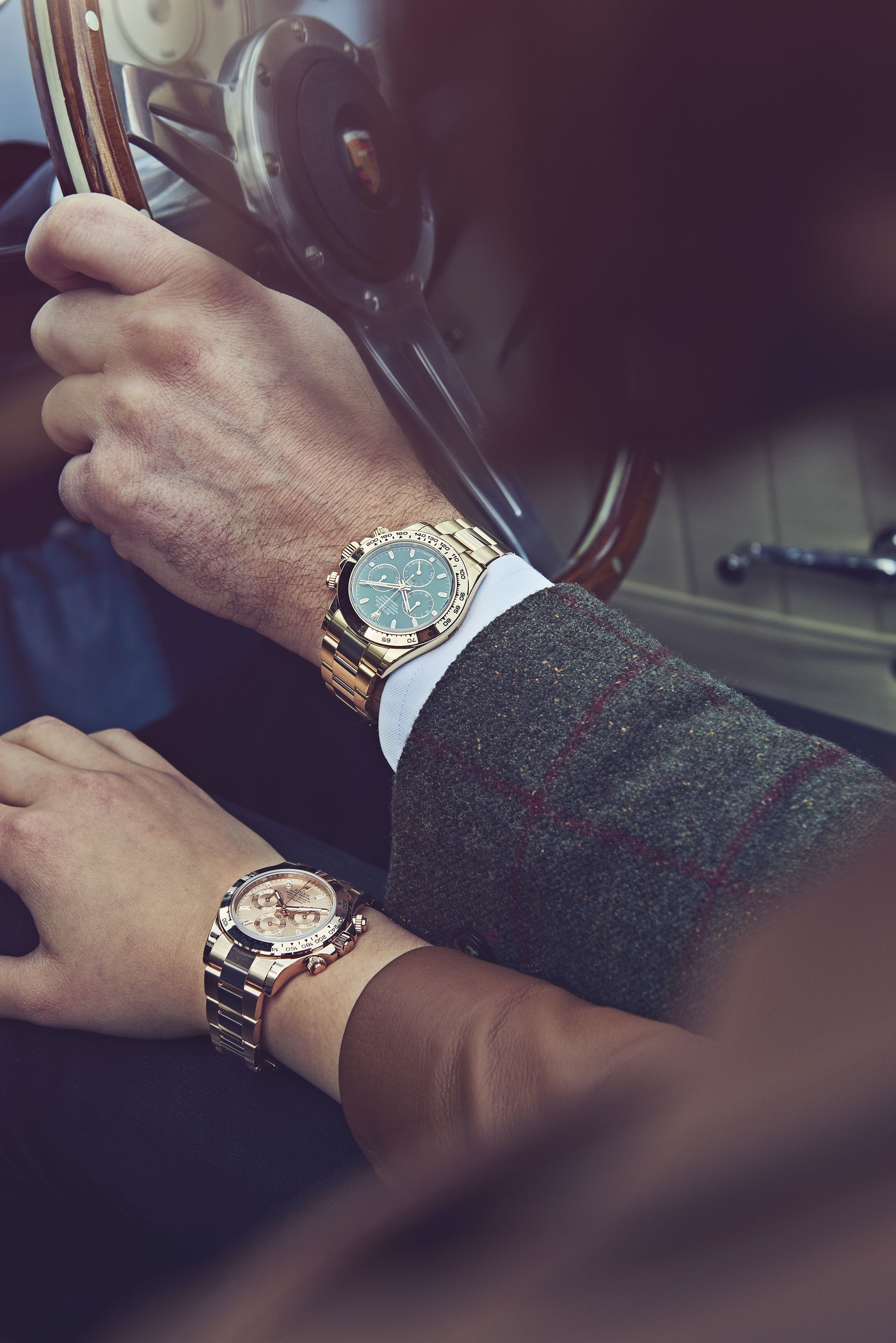A #DailyDuo from our recent photoshoot featuring two beautiful Rolex Daytonas #Relationshipgoals #rolexwatches