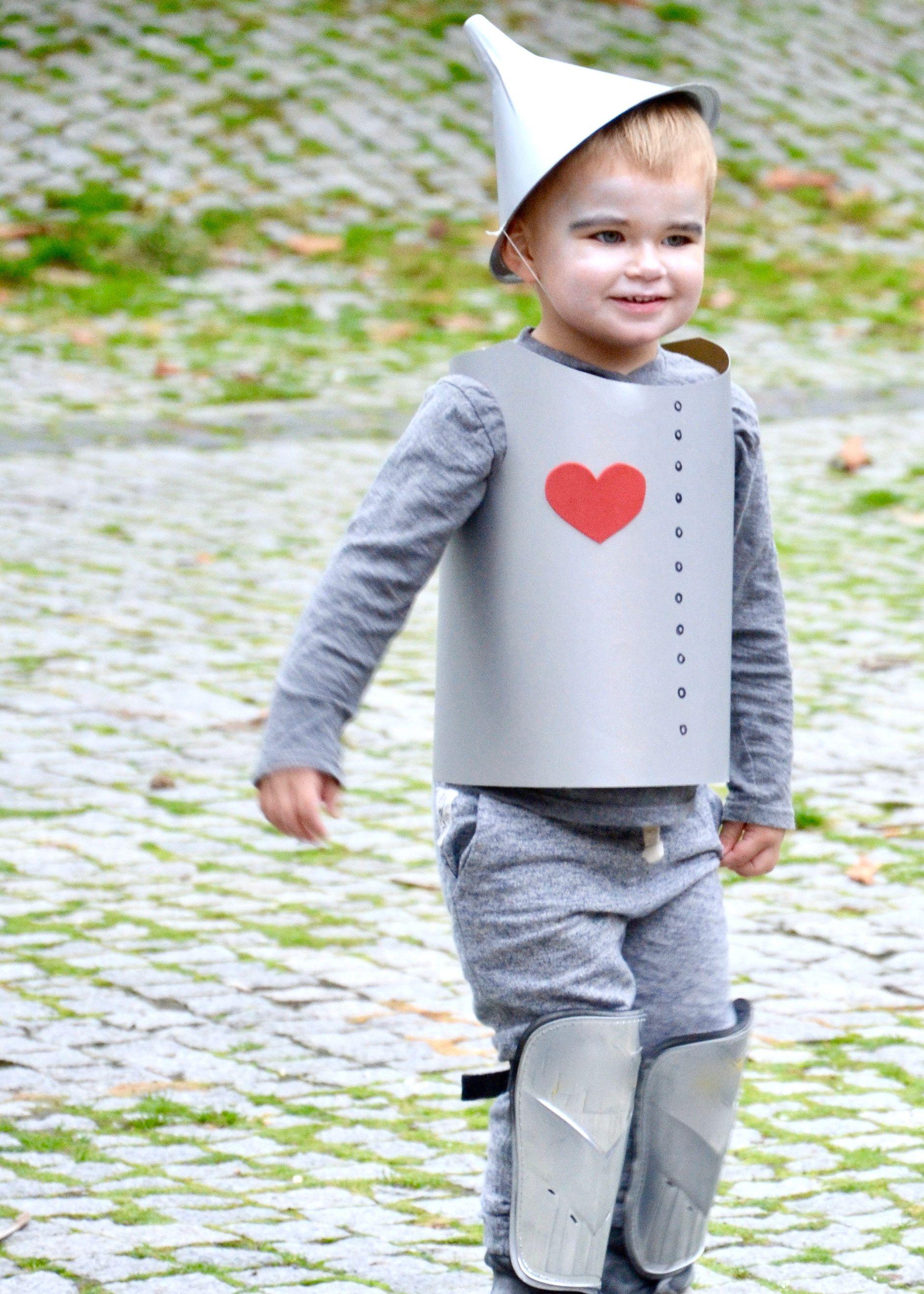 Diy Tin Man Costume This Sweet Happy Life Halloween Costumes For Kids Toddler Halloween Costumes Boy Halloween Costumes
