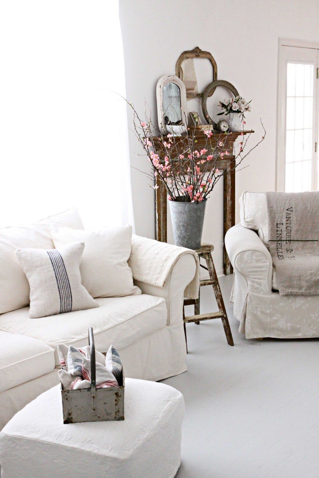 White Country Living Room Decorating Ideas: I Want This Living Room...love The Grouping In The