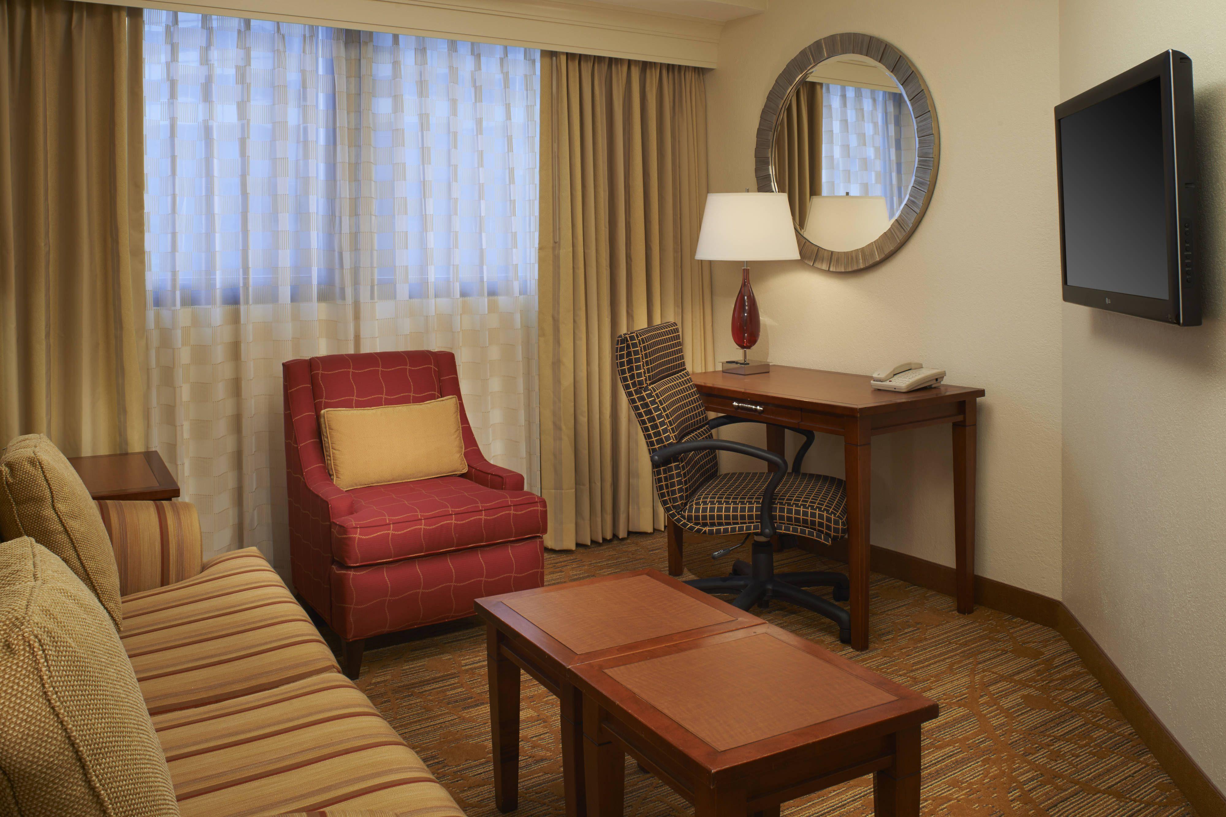 Columbia Marriott OneBedroom Junior Suite Living Area