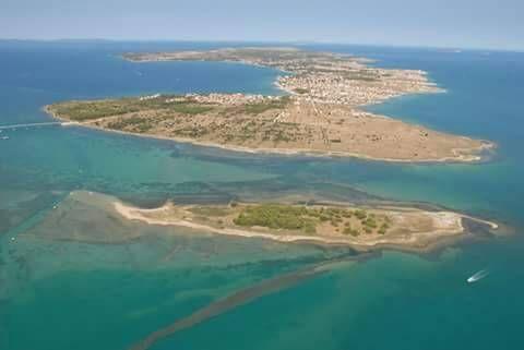 Lucija Vir Vir Situated 24 Km From Zadar And 33 Km From Novalja Lucija Vir Offers Accommodation In Vir Guests Benefit From Free Wifi And Zadar Outdoor Water