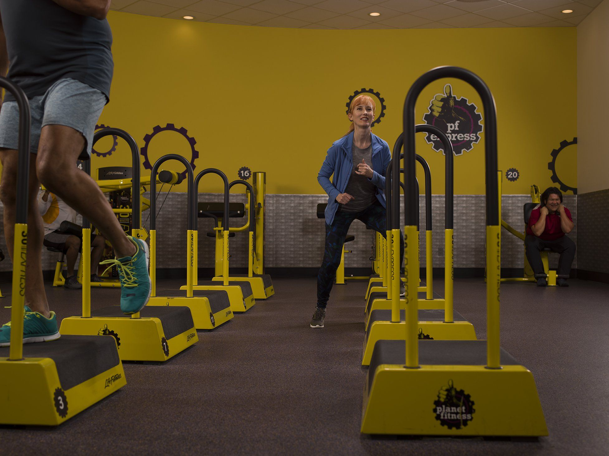 Woman Doing Step Ups In A Planet Fitness 30 Minute Circuit Area Planet Fitness Workout Circuit Workout Planet Fitness Workout Plan