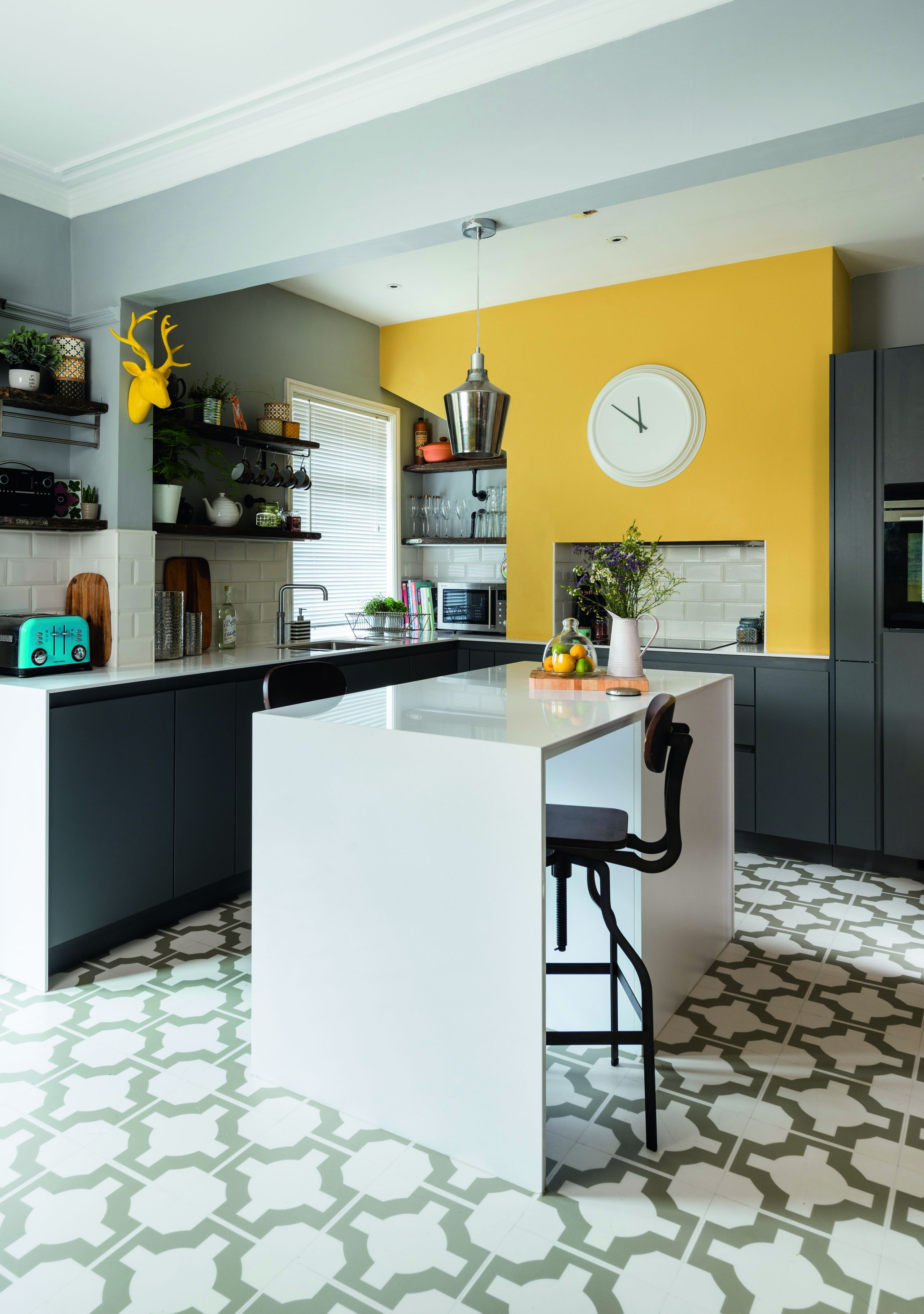 13 colourful kitchen design ideas kitchen feature wall yellow kitchen walls yellow kitchen on kitchen remodel yellow walls id=24130