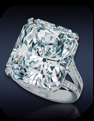 The 22 Carat Engagement Ring Beautiful Jewelry Jewelry Rings Engagement Gorgeous Engagement Ring