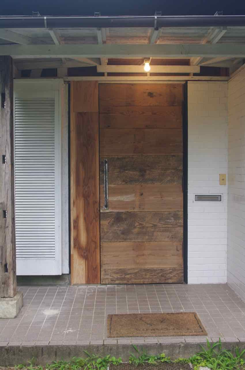 バランス良し 高さは中心で1000mmの位置に固定 玄関ドア Diy 玄関ドア ドア