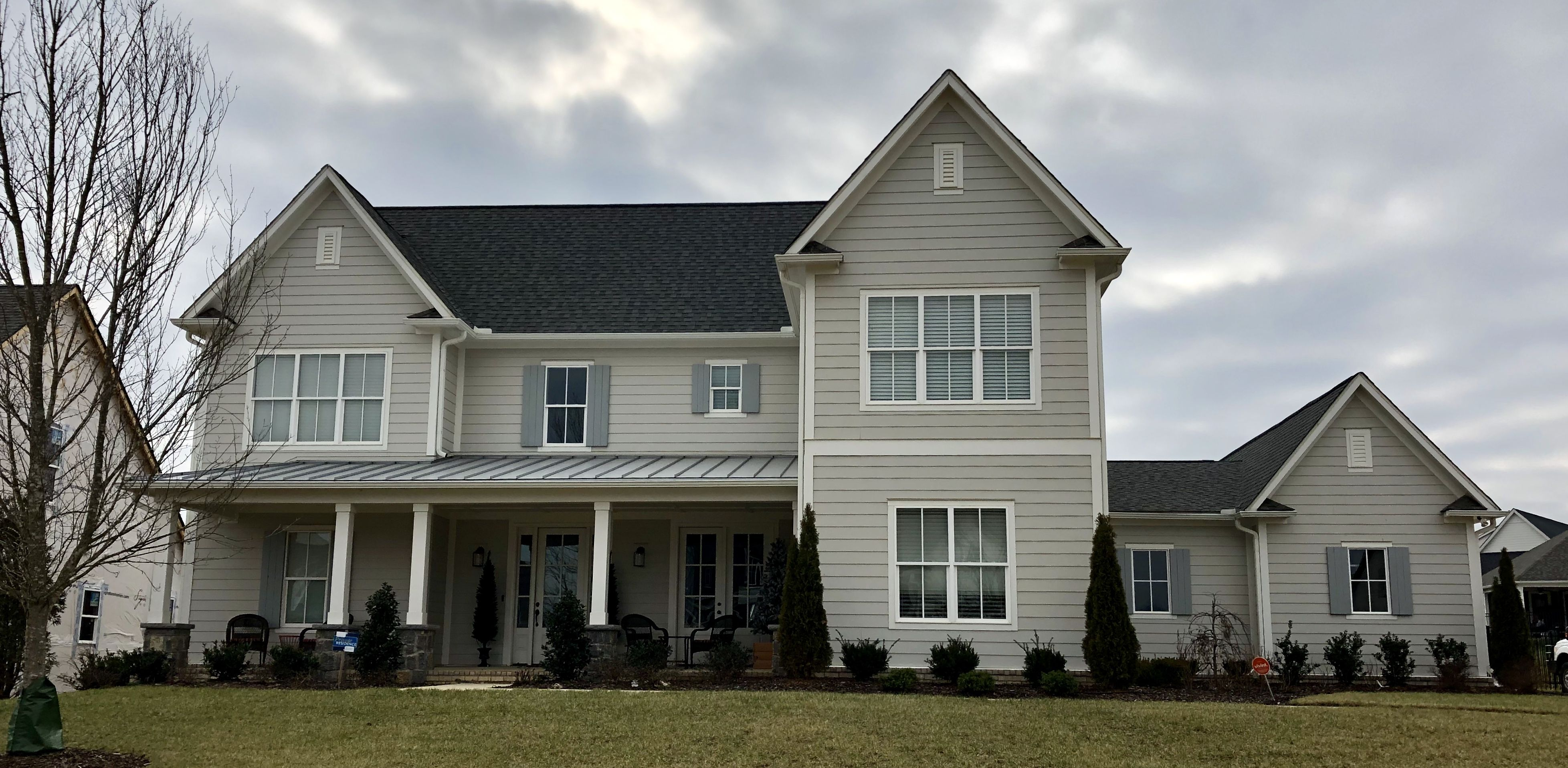 Best Agreeable Gray Siding Alabaster Trim Tennessee Gray 640 x 480
