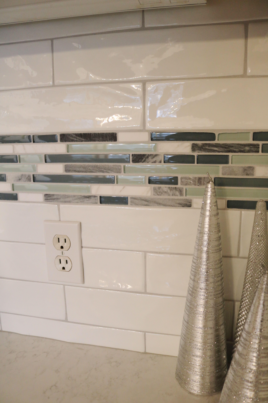Tile Accent Strip In A Kitchen Backsplash Kitchen Tiles Backsplash Subway Tile Backsplash Kitchen Tile Accent Wall Kitchen