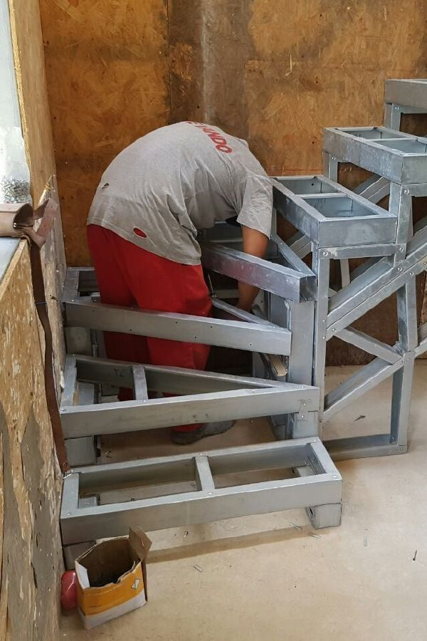 Useful Information About Staircase And Their Details In 2020 Steel Frame House Steel Stairs Steel Frame Construction