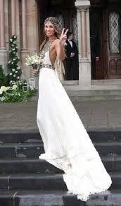 e9ff86df41 +20 Vestidos de novia muy originales y diferentes. Vestidos de boda  impresionantes.  vestidos  vestido  novias  novia  boda  diferente  original   wedding   ...
