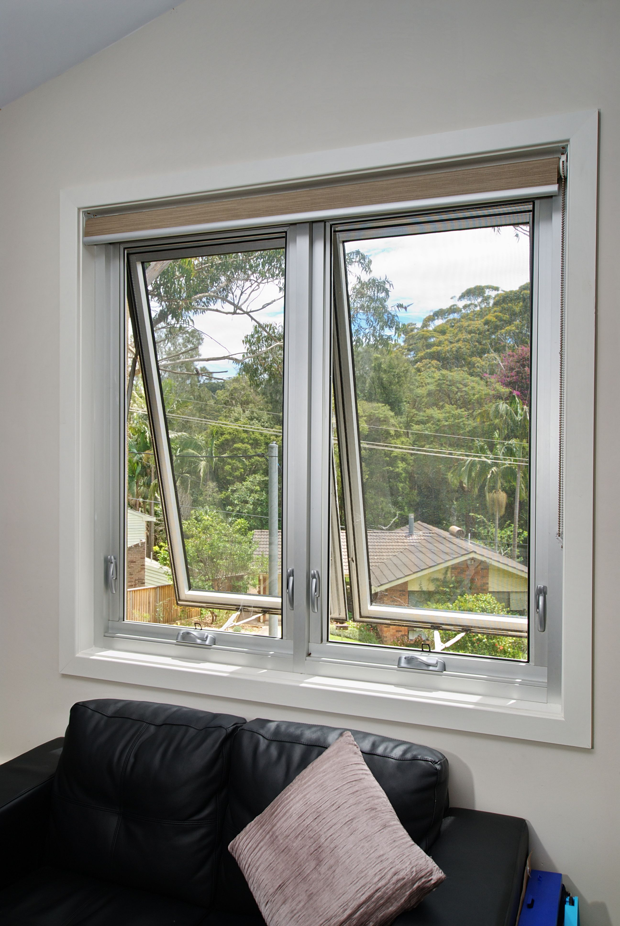 Paragon Awning Window Wideline