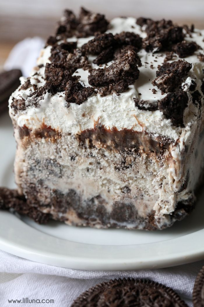 Oreo Ice Cream Cake #cookiesandcreamfrosting