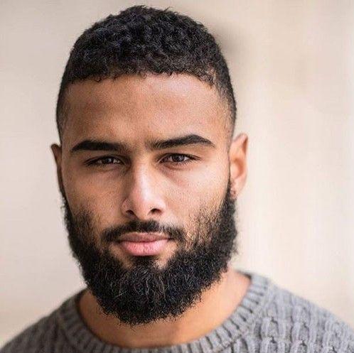 Bien-aimé barbe homme noir 12 | Coiffures pour homme noir et métis  KN45