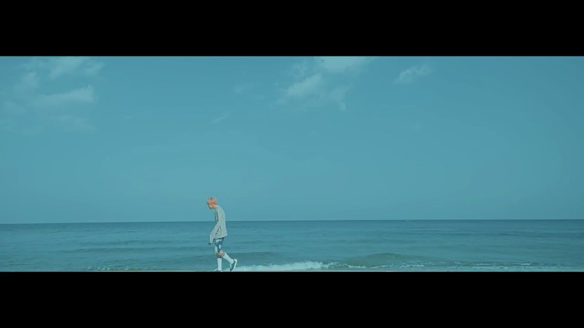 #BTS #YOU_NEVER_WALK_ALONE '봄날 (Spring Day)' MV (https://t.co/EIdsaWH1Fm)  #봄날 #SpringDay