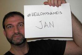 Haastan jokaisen terveydenhuollon työntekijän mukaan #Hellomynameis -kampanjaan. Haastan myös jokaisen potilaan muistuttamaan ystävällisesti henkilökuntaa asian tärkeydestä.  Lue lisää: http://janholmberg.weebly.com/lue-mainio-blogia/laakari-potilas-vailla-nimea