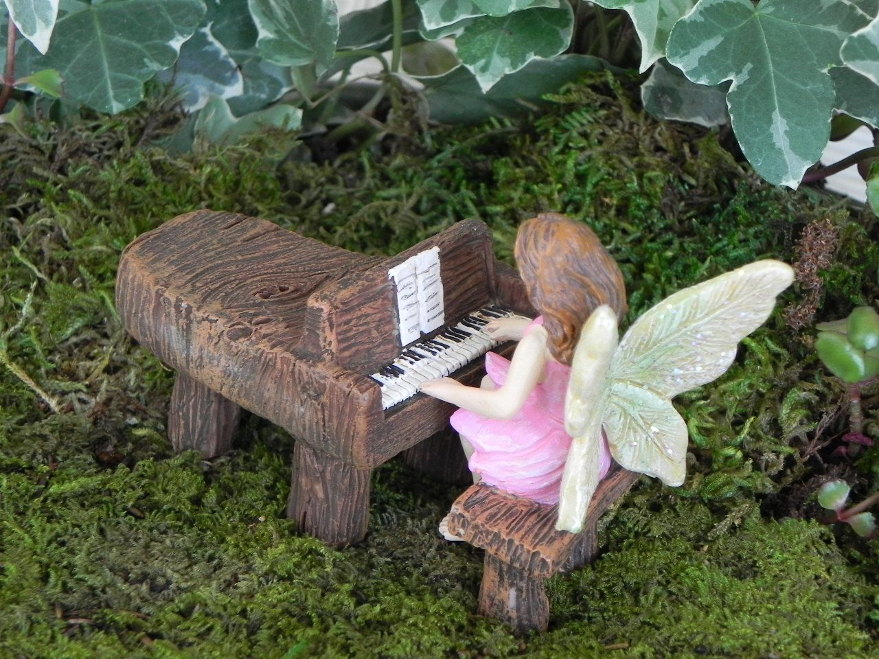 Miniature Fairy Garden Woodland Baby Grand Piano and Fairy