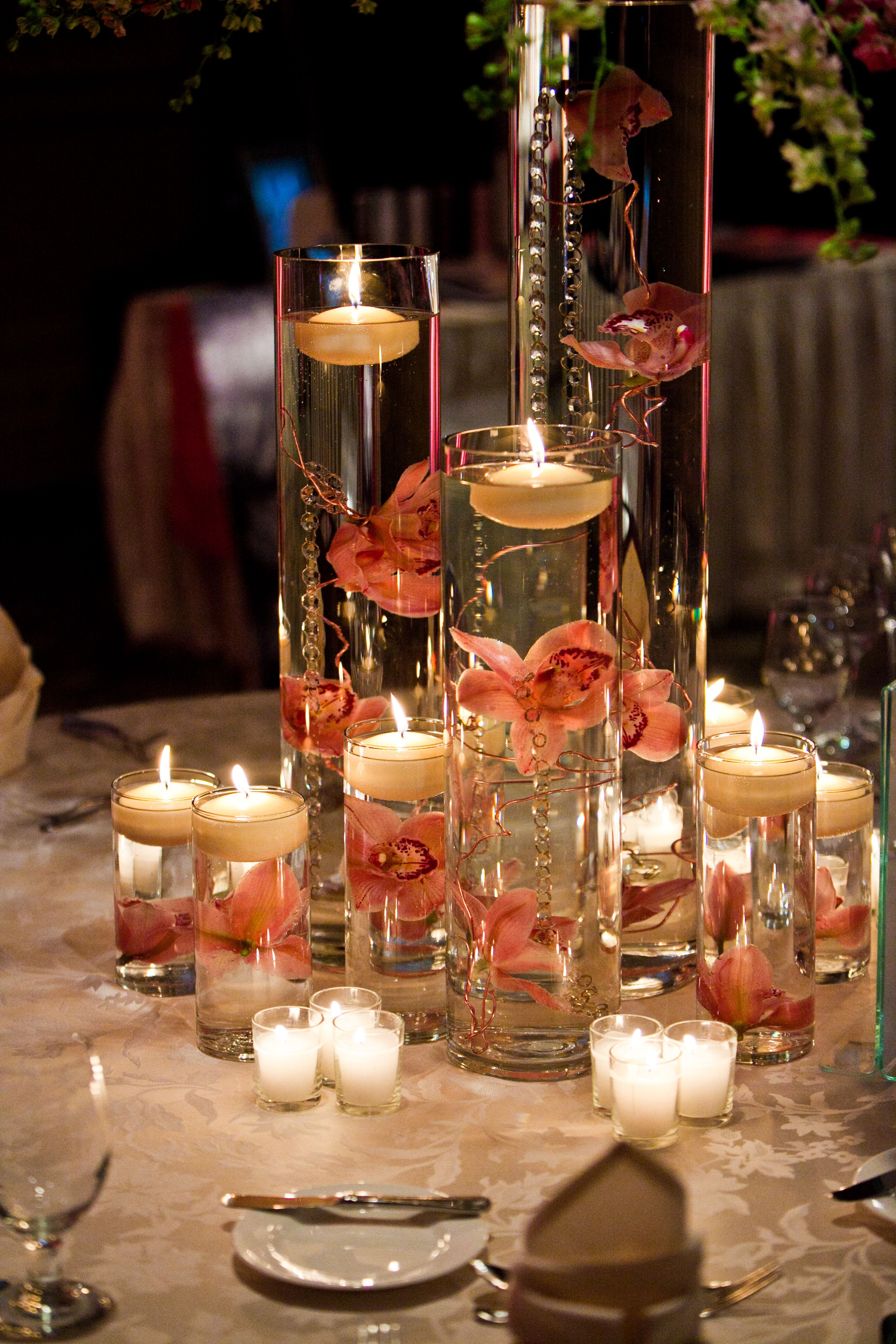 Love Lots Of Candles Great Ambience Cylindervase Scandleholder Weddingcenterpiece