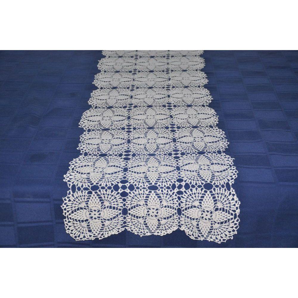 grand chemin de table blanc en dentelle au crochet art textile pinterest. Black Bedroom Furniture Sets. Home Design Ideas