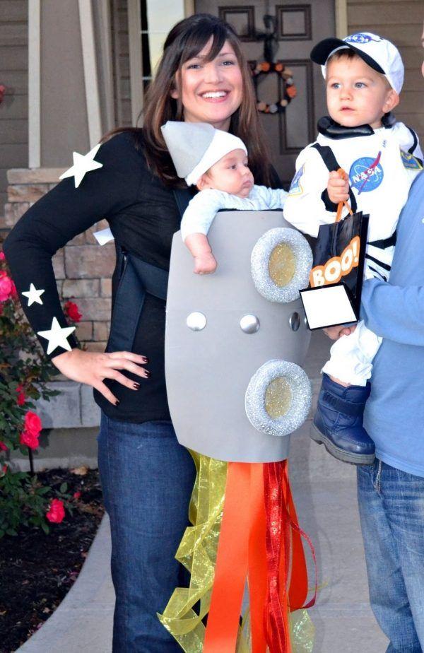 Mutter Kinder Faschingskostume Idee Babytragesack Kosmos Mama