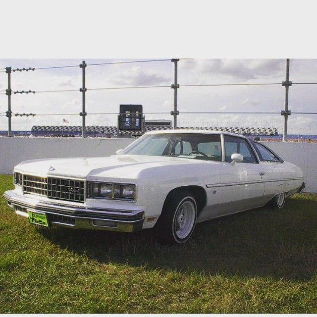 Pin By Easee J Jake On Cars Chevrolet Caprice Caprice Classic