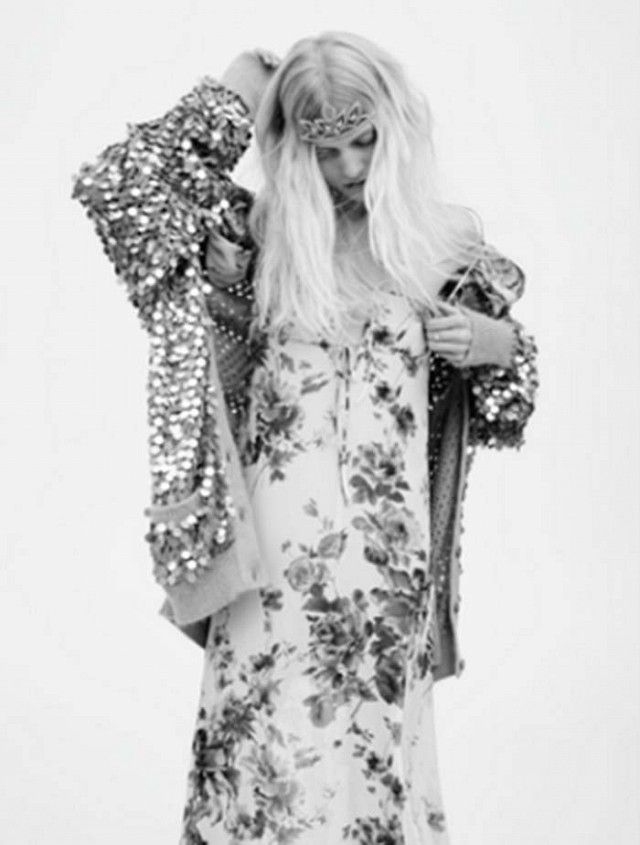 ae655d5561d Tiaras and Grunge Reign in Saint Laurent's Spring/Summer 2016 Campaign    WhoWhatWear