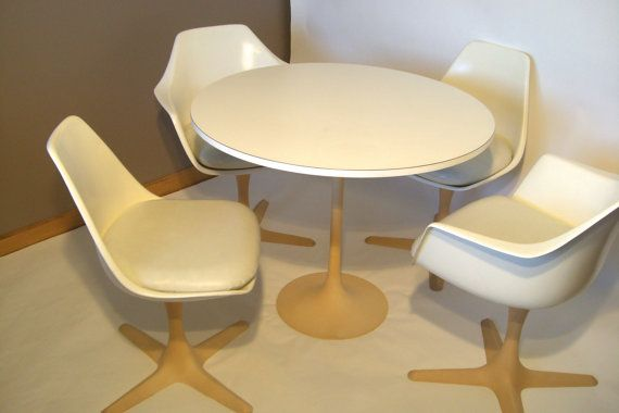 Mid Century Modern Burke Tulip Table And 4 By RetroVintageous, $799.00