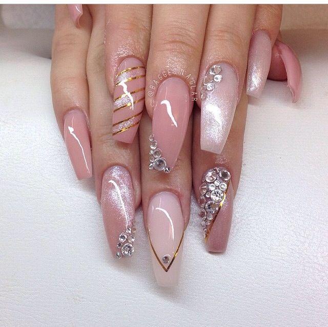 Just...BEAUTIFUL! | nail art | Pinterest | Diseños de uñas, Arte de ...