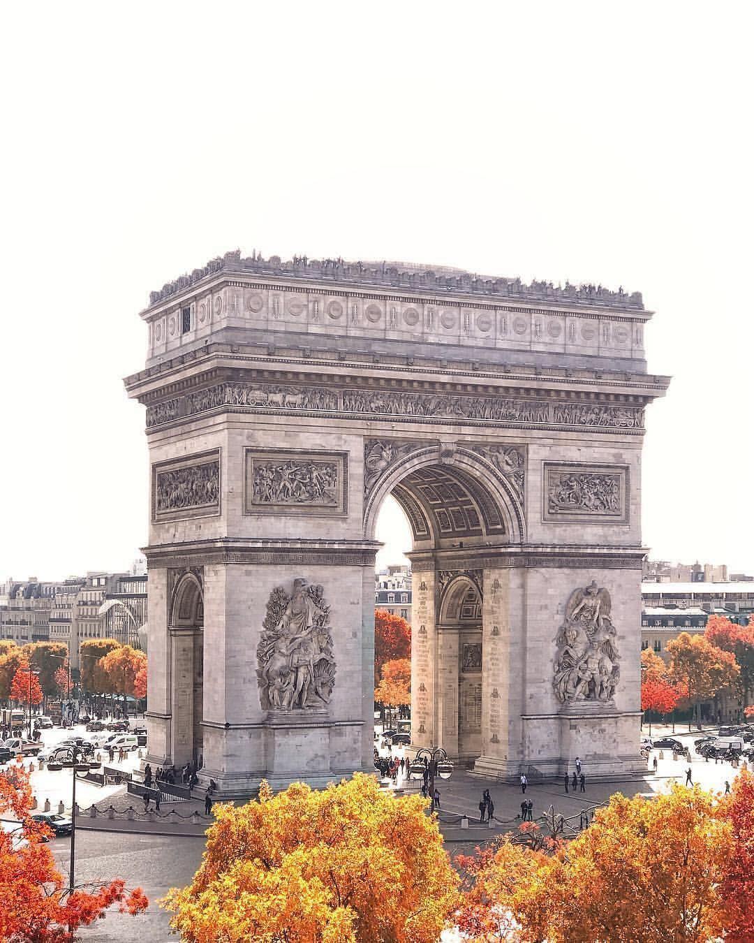 Sena Hospitality Design: PAD PARIS 2019 BEST GALLERIES