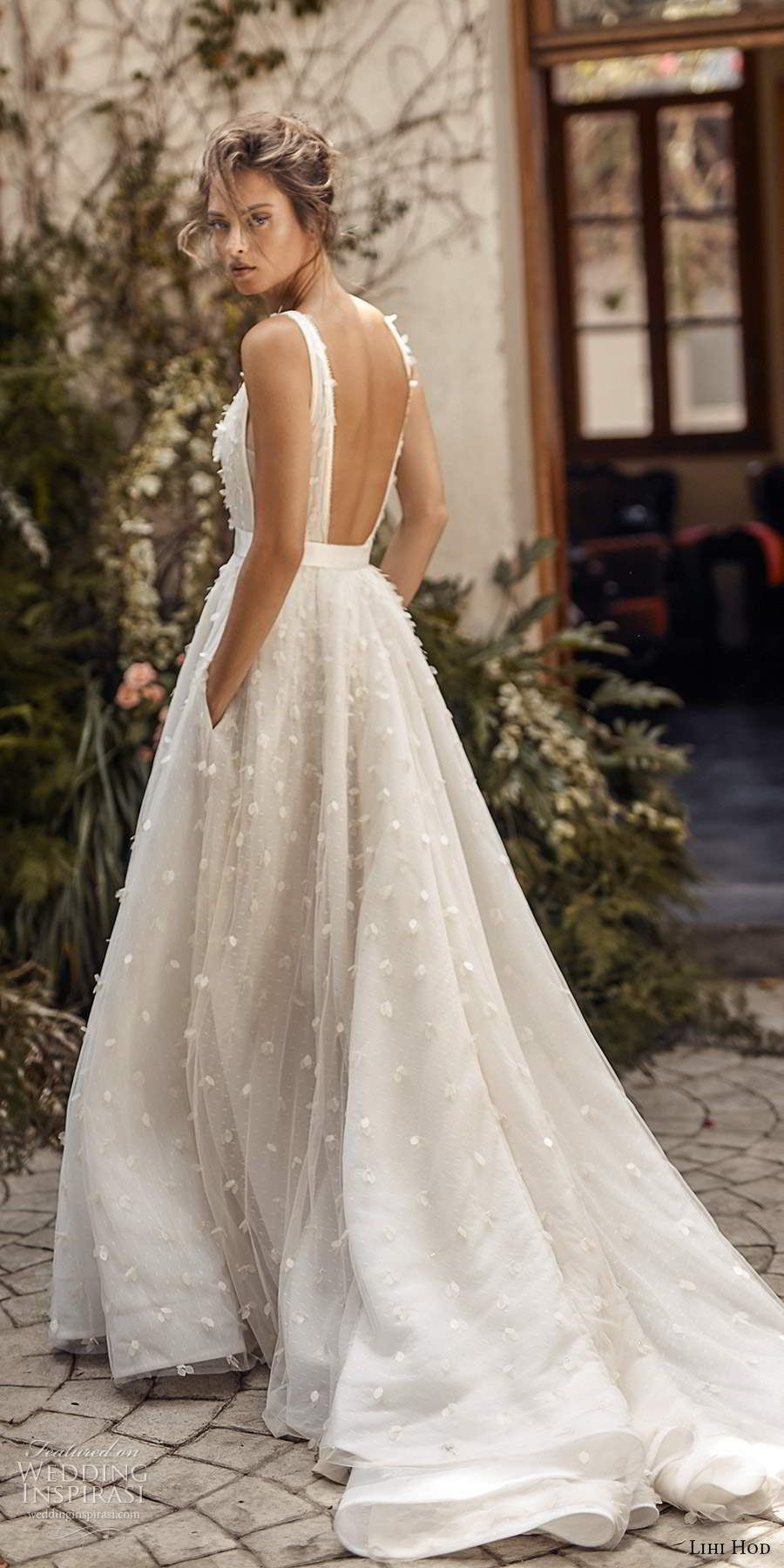 "Lihi Hod Fall 2020 Wedding Dresses — ""White Blossom"" Bridal Collection | Wedding Inspirasi"