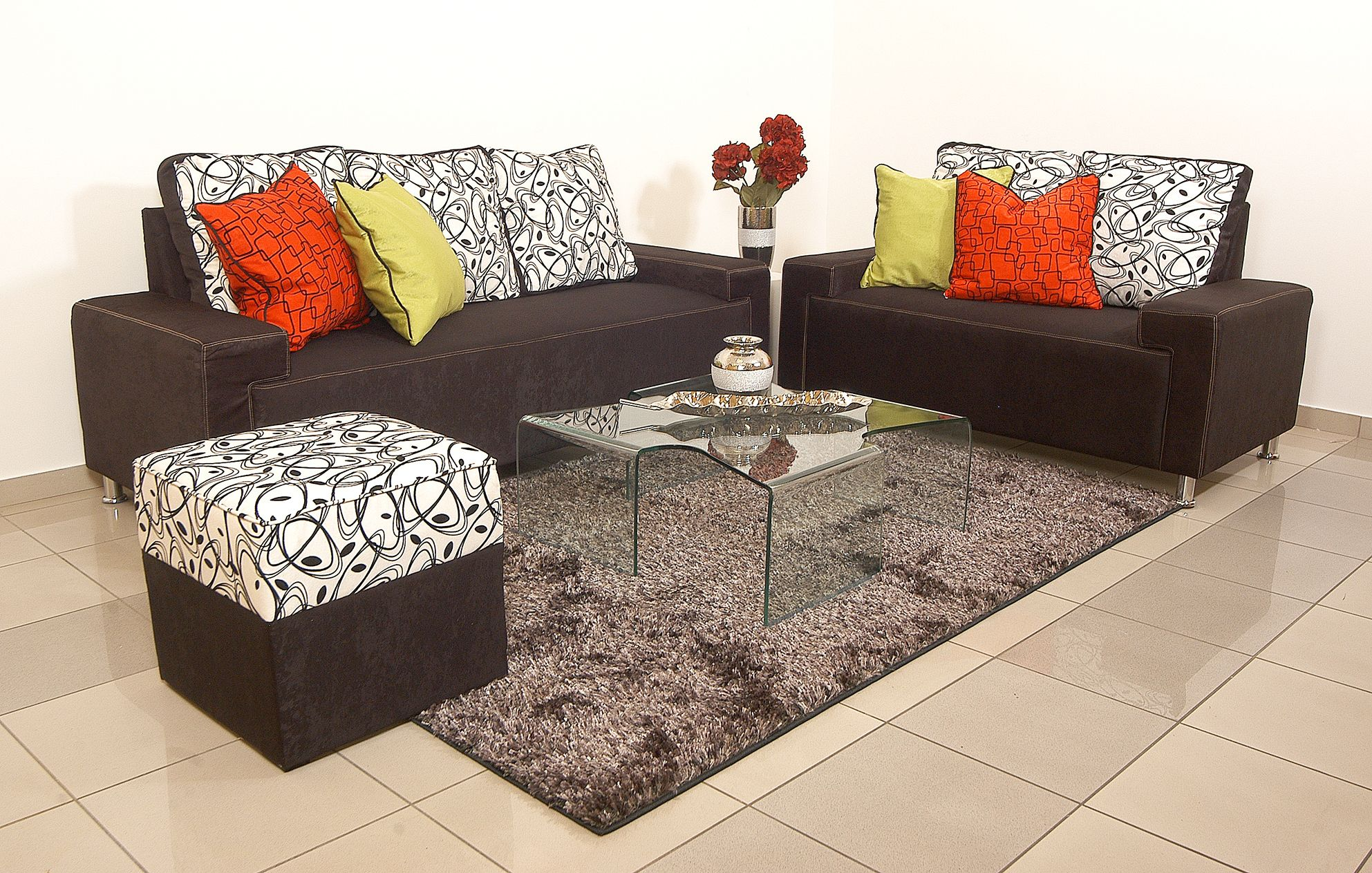 Juego de sala con cojines + Ottoman Mod. GAUDI   decoración hogar ...