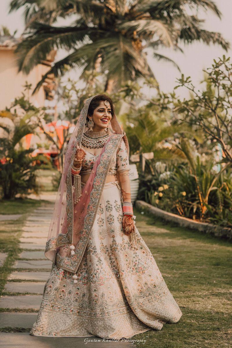 Pretty Off White Bridal Lehenga For Wedding See More On Wedmegood Com Wedmegood Indianweddi Indian Bridal Outfits Indian Bridal Dress Indian Bridal Lehenga,Womens Wedding Dresses Casual