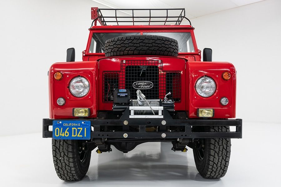 We See Red: Classic Cars 1971 Land Rover Series IIA SUV | Man of Many