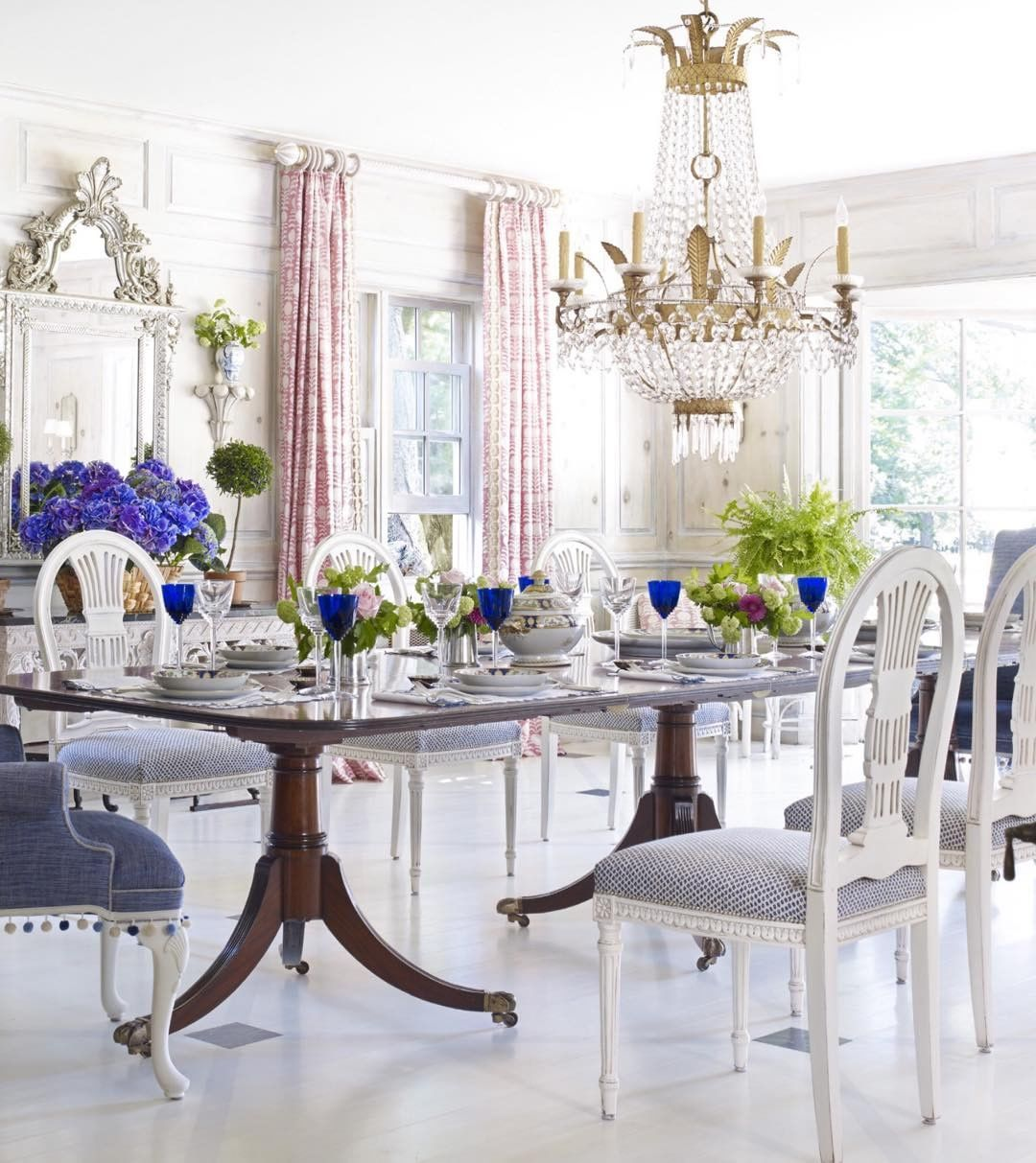 The most beautiful dining room. Designed by Ruthie Sommers. Veranda ...