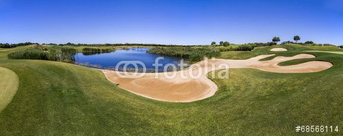Photo: Landscape view of a golf course in the Algarve.