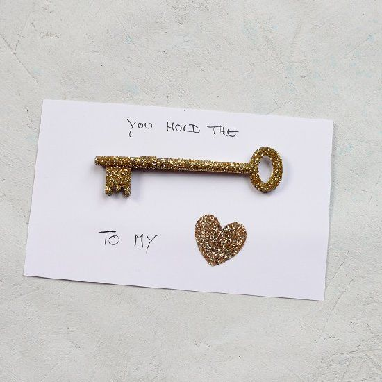You Hold The Key To My Heart A Quick And Easy Diy Valentine S Card Idea With Mod Podge And Glitter Valentines Cards Valentines Diy Friends Valentines