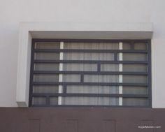 fotografa de diseo de de ventanas elaboradas con rejas de herrera