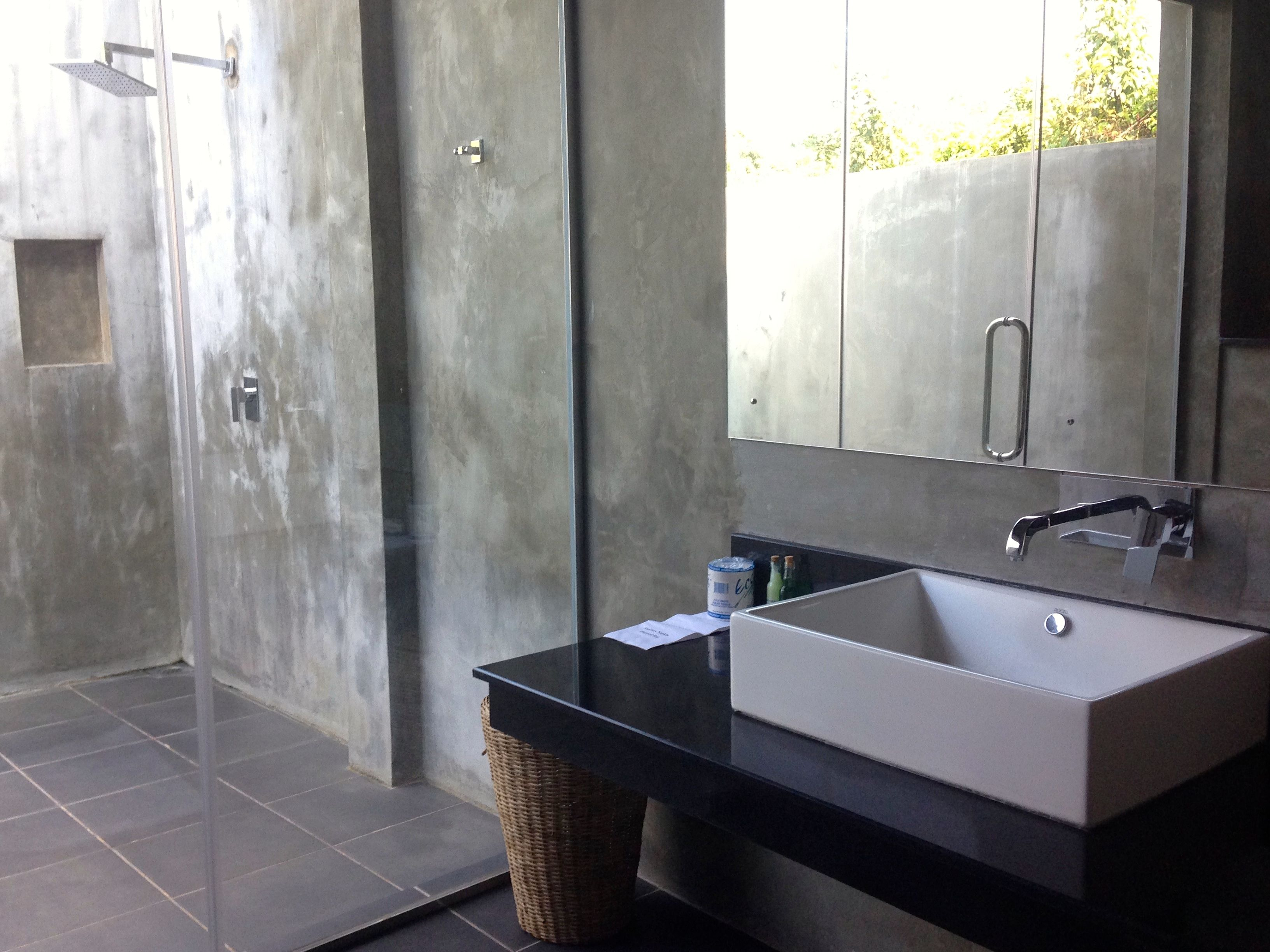 Glass House House House On A Hill Home bathroom design sri lanka