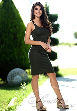 Gorgeous single women: Russian woman Ourania-Alkistis from Thessaloniki