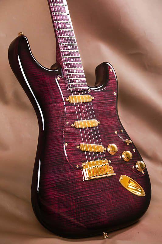 Fender Masterbuilt Purple Reign Stratocaster Yuriy Shishkov