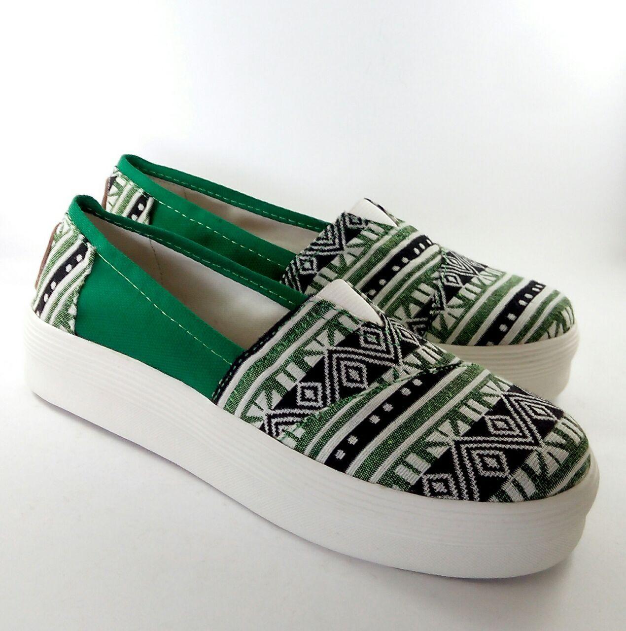 Sepatu kanvas (Flat shoes) handmade asli buatan Indonesia Hi! U Foxing  Kelly |