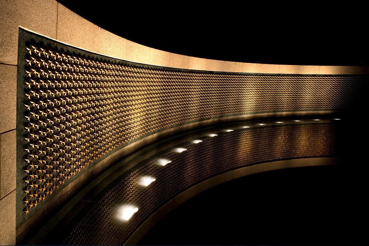 Washington DC - World War II Memorial.  Fantastic imagery.