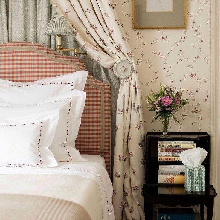 26+ The Very Best Cheap Romantic Bedroom Ideas Pitfall