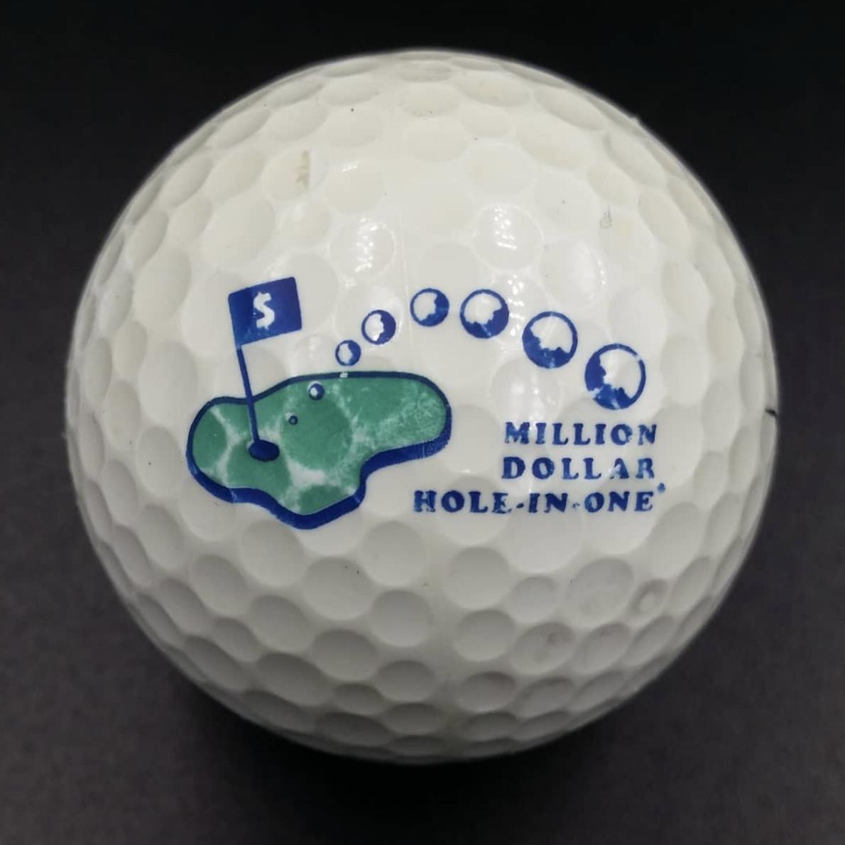 Someone S Million Dollars Hope Sank In The Lake Lakeballs Dubaigolf Golfuae Golfabudhabi Golfballs Golfingaround Go Golf Ball Dubai Golf Golf
