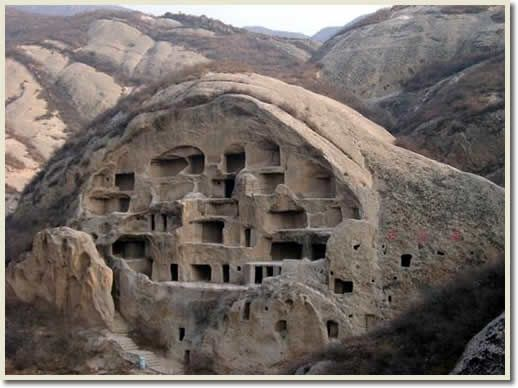 The Ancient Cliff House Guyaju 39the Biggest Maze Of