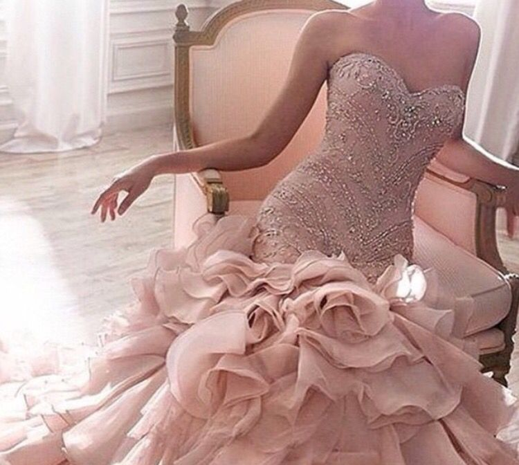 Pin de Biborka en Fashion& Shoes X | Pinterest | Vestidos de novia ...
