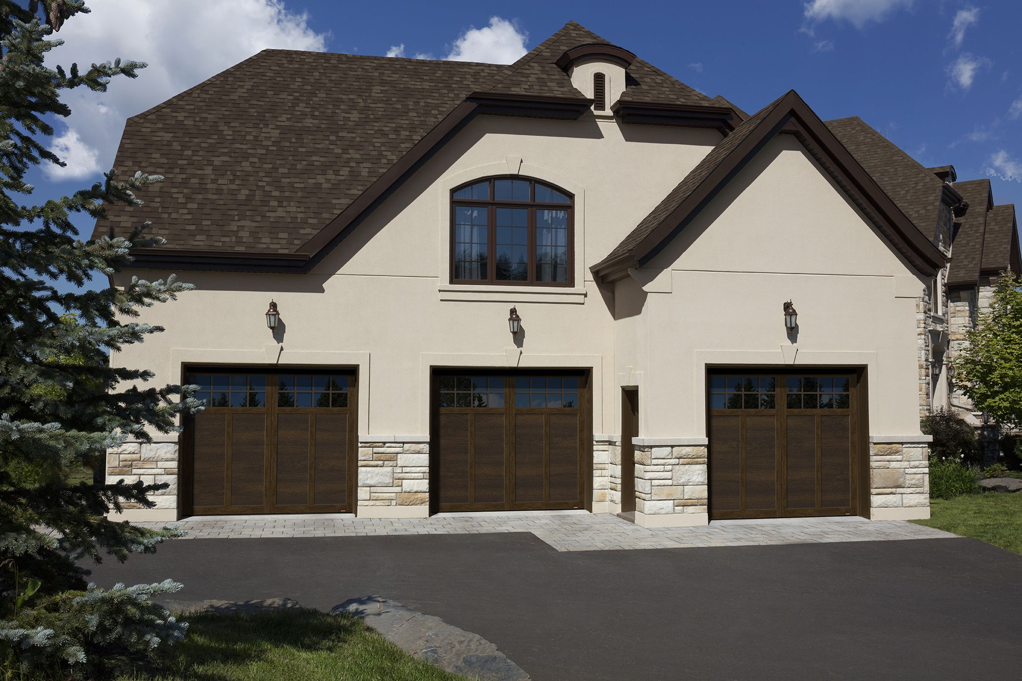 Princeton P 12 9 X 8 Chocolate Walnut Doors And Overlays 8 Lite Panoramic Windows Walnut Doors House Styles
