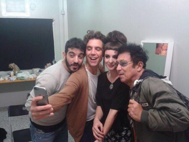 #MIKA presenta @edoardo_bennato ad #Emma e #Mario! Manca poco alla semifinale! @EmmaMortonOFC @MarioGarrucciu #XF8