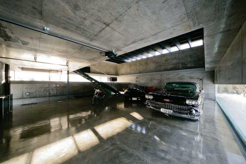 best 25 luxury garage ideas on pinterest man cave underground dream garage and car garage. Black Bedroom Furniture Sets. Home Design Ideas