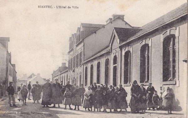 Riantec - Hotel de Ville