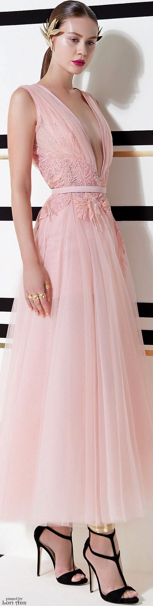 I\'m seeing a lot of flowing gowns with sheer fabric and fairytale ...
