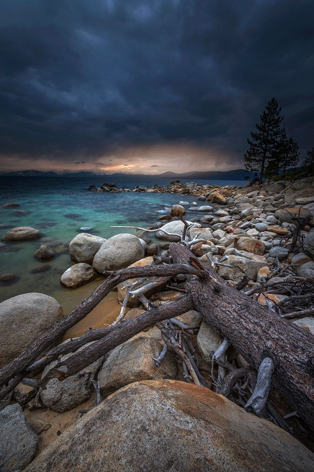 Calm Before The Storm Sunset Lake Tahoe Nv Usa Cool Landscapes Calm Before The Storm Scenery